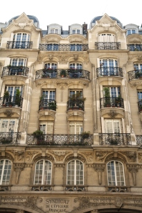 building-paris