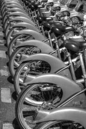 bike stands Paris