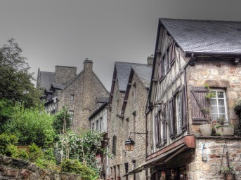 cottages of mt st michel