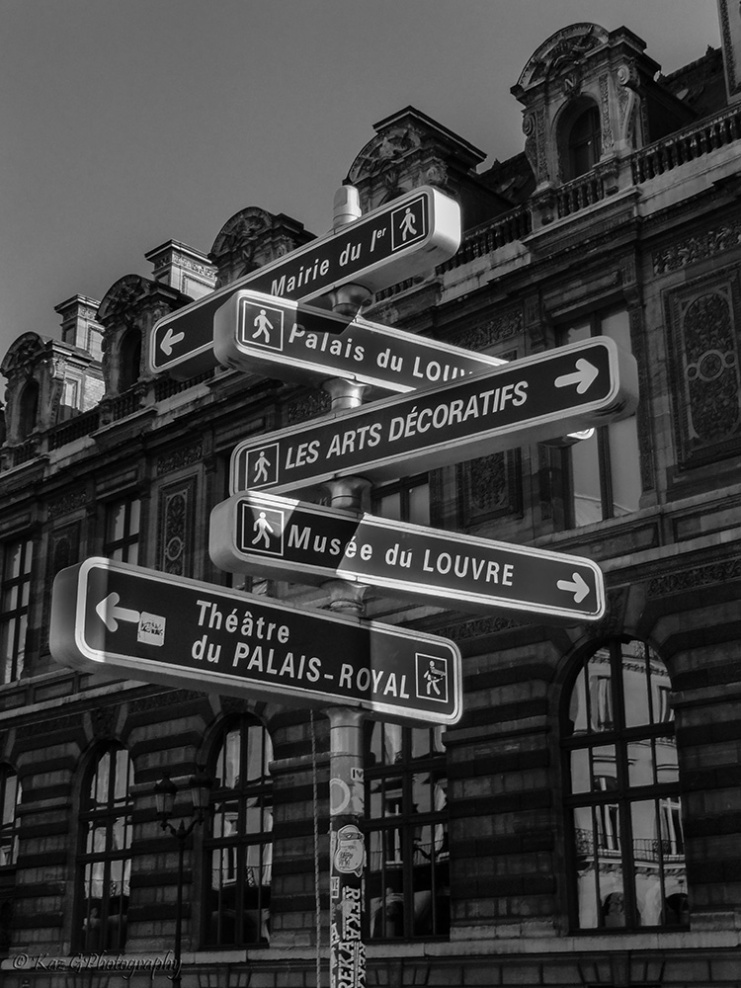 Paris-street-sign