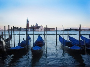Venice-gondolas-sunset