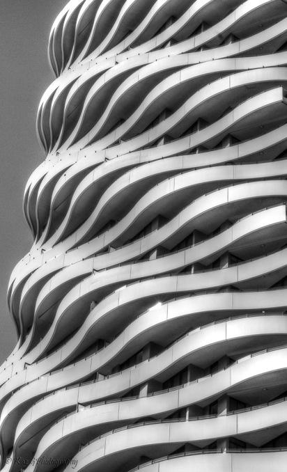 wave-building-broadbeach3