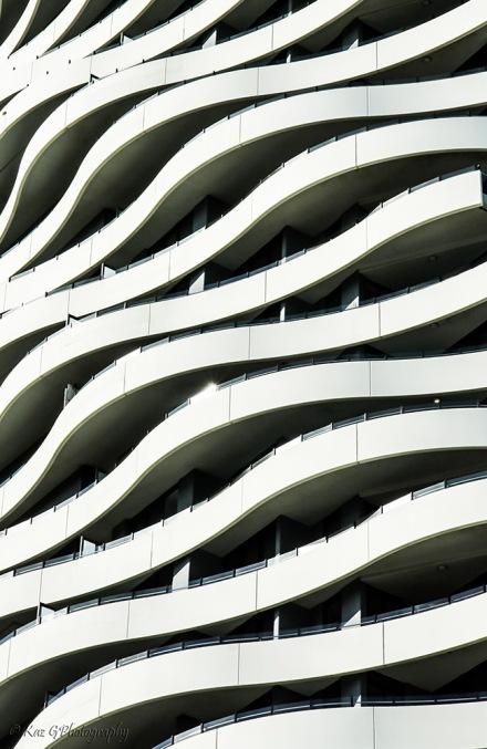 wave-building-broadbeach4