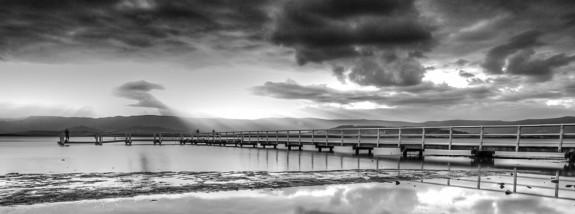 cropped-lake-illawara-bw.jpg