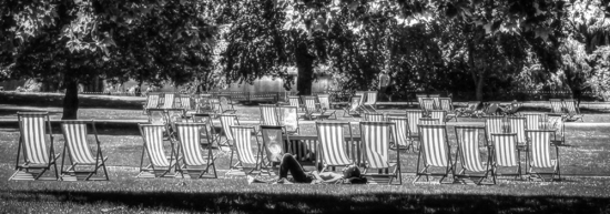 deck-chairs-london1