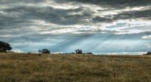 clouds-rays-of-sun-gulgong