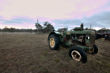oliver-tractor-the-farm