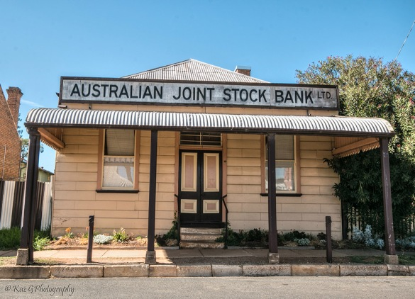 stock-bank-gulgong