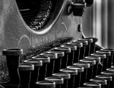 Underwood-typewriter-study-of-1